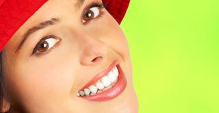 Естествено избелване на зъби – Да, това наистина е възможно – Ето как